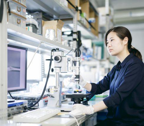 人体の最前線「皮膚」の世界を工学の力で覗きたい